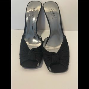 NWT Guess by Marciano black heels